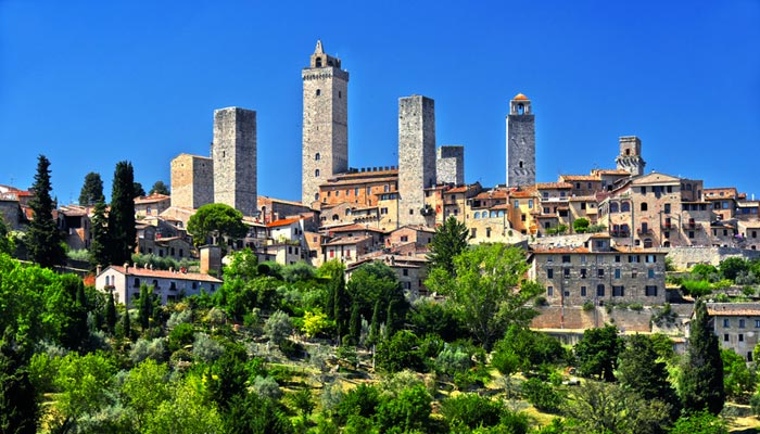 San Gimignano and Wine Tasting with light lunch or Volterra